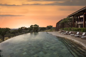 Pool in der Melia Serengeti Lodge in Tansania