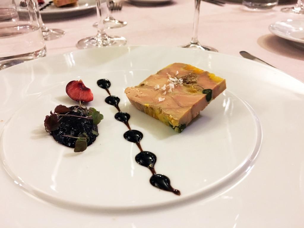 Essen im Lencoteca-Restaurant in Andorra