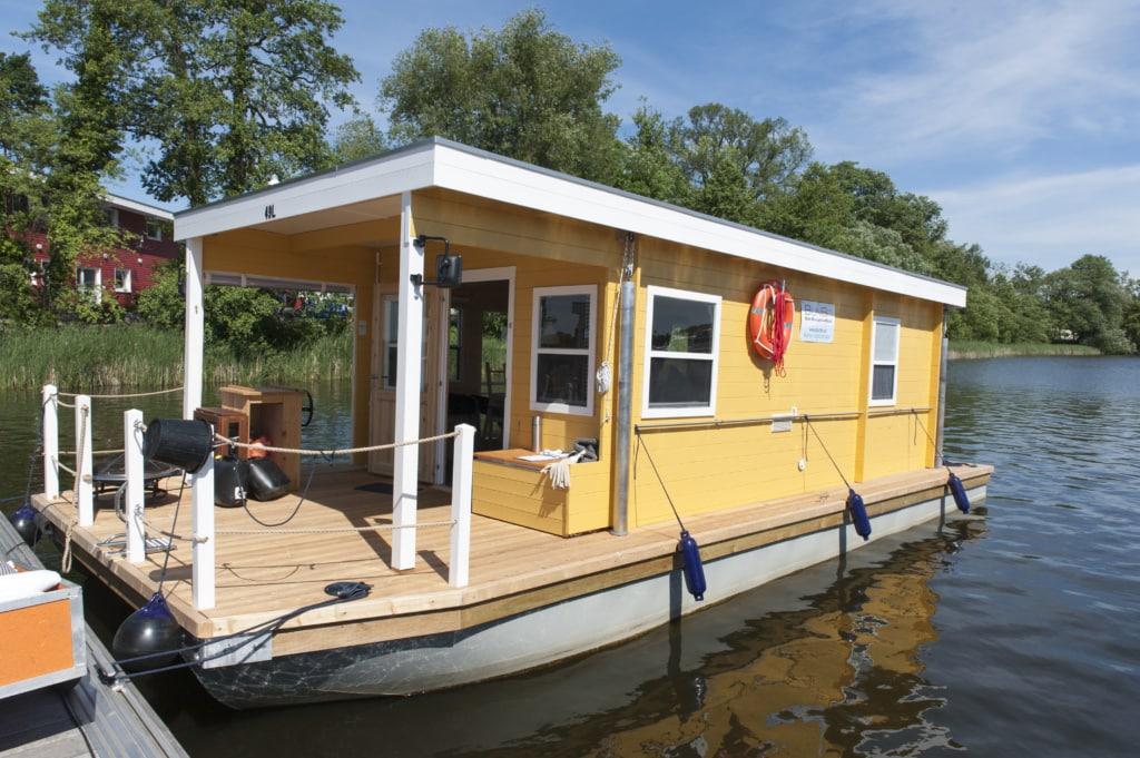 Bunbo-Hausboot im Ruppiner Seenland