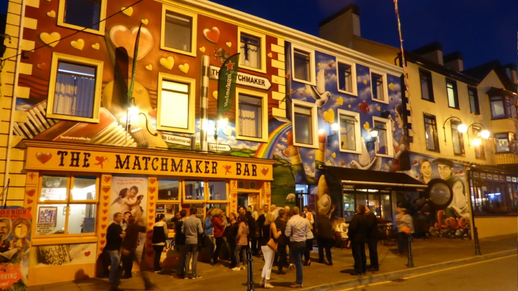 Matchmaking-Bar in Lisdoonvarna, Irland, Single-Festival