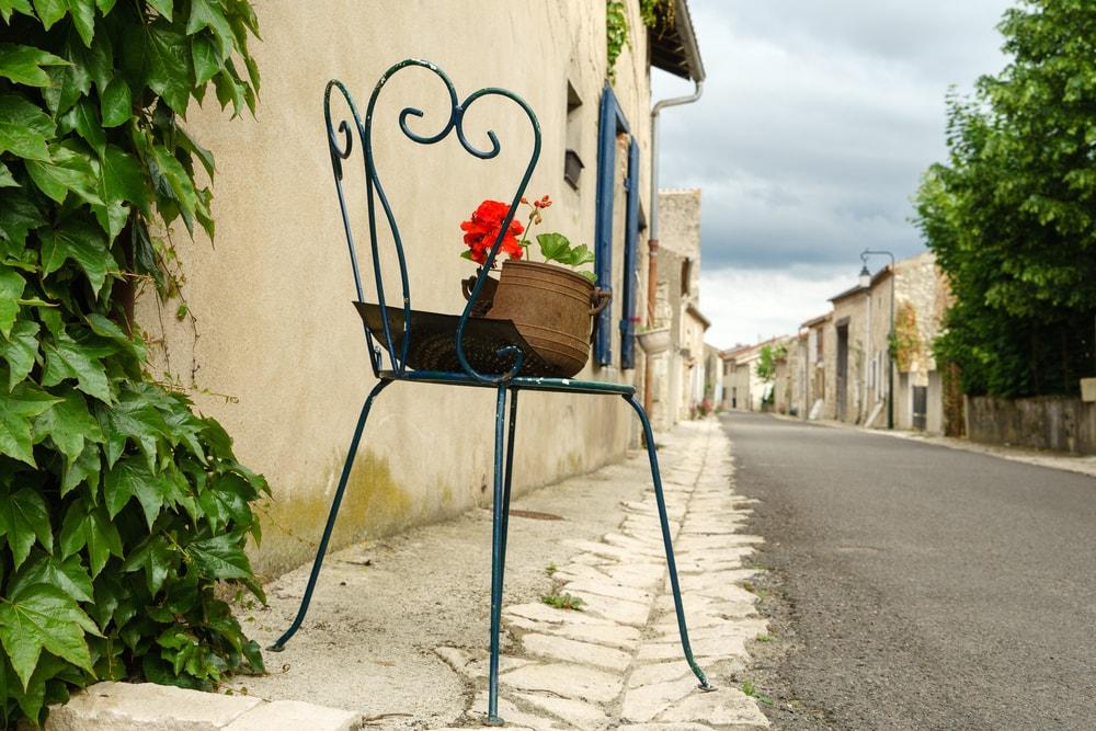 Die schönsten Dörfer der Auvergne: Charroux