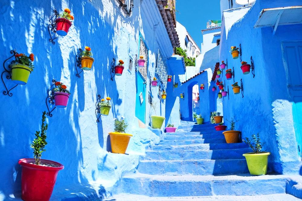 Die schönsten Straßen der Welt: Gasse in Chefchaouen in Marokko
