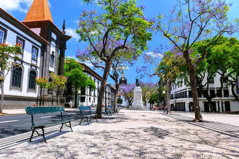 Platz in der Altstadt von Funchal auf Madeira