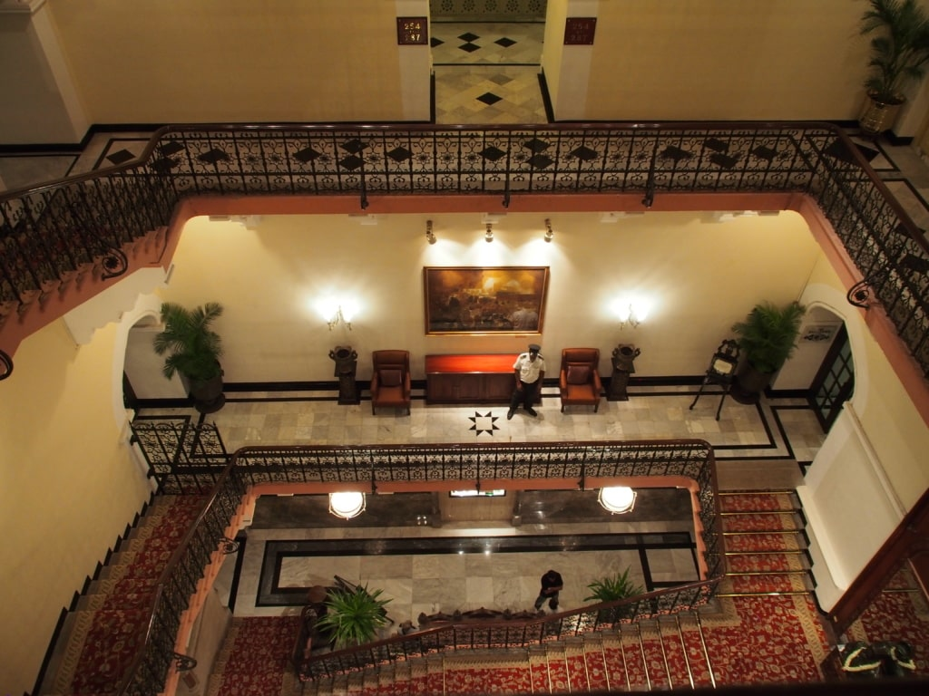 Taj Mahal Palace Mumbai - Lucky Sofa - Indien-Erlebenisse