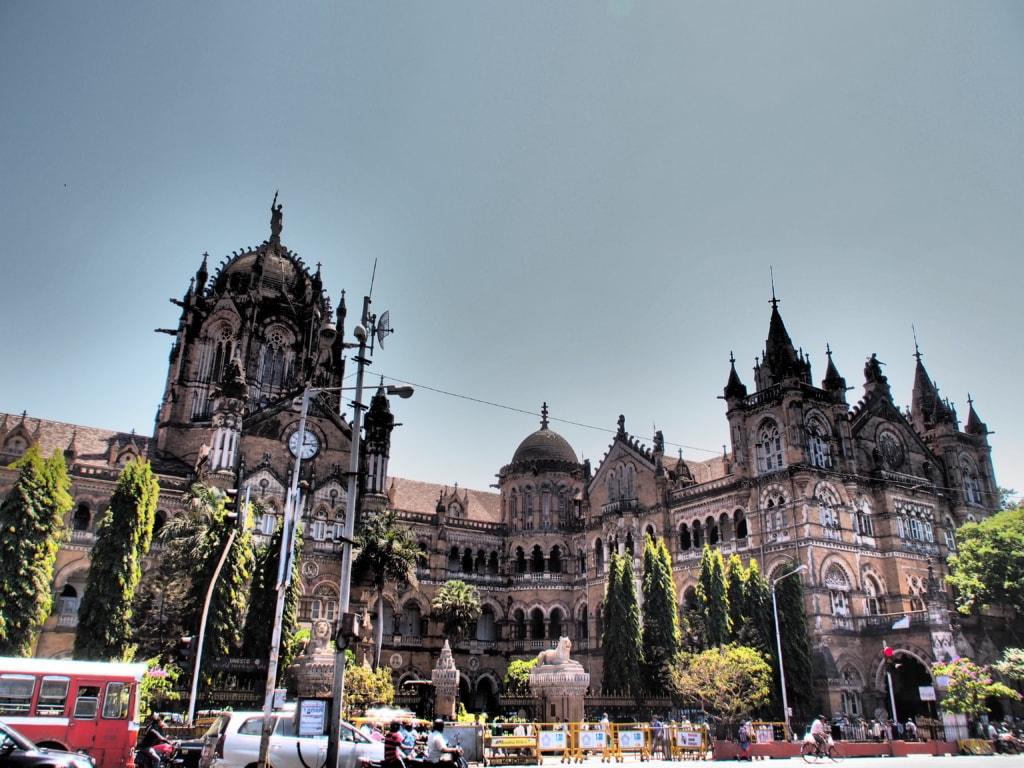 Mumbai Bahnhof - Indien-Erlebnisse - unterwegs mit dem Luxuszug