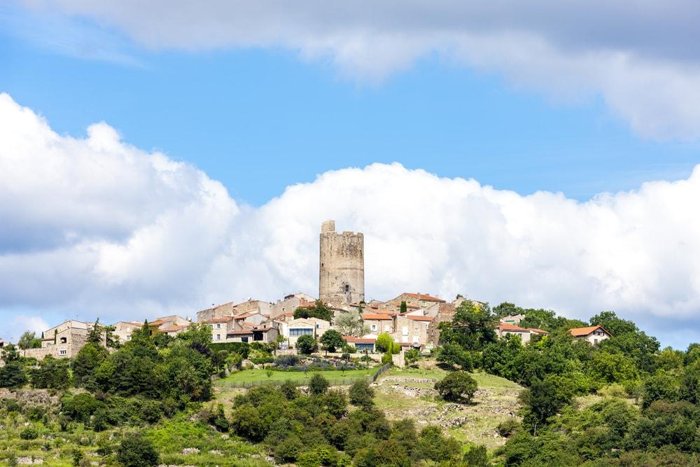 Die schönsten Dörfer der Auvergne: Montpeyroux in Frankreich