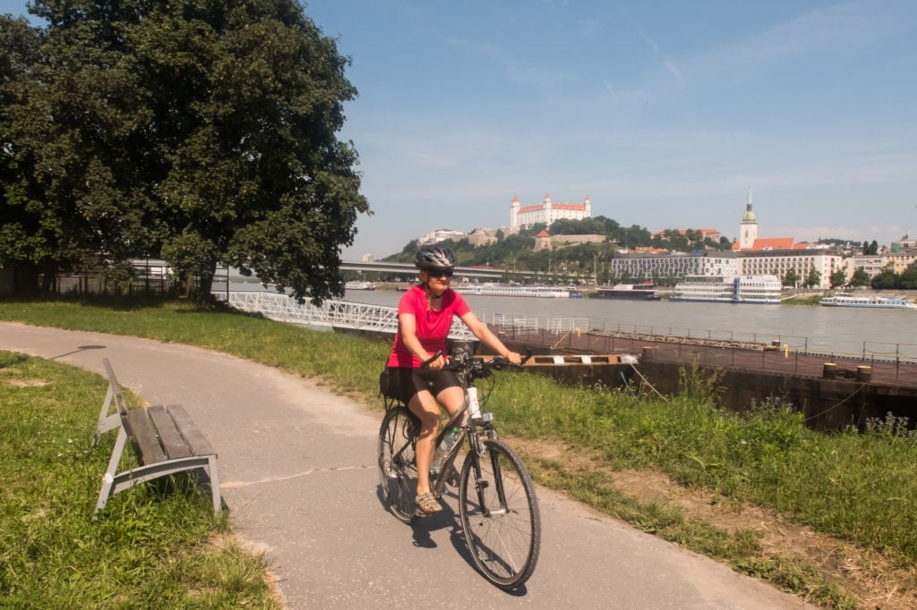 Bratislava Fahrradfahrerin