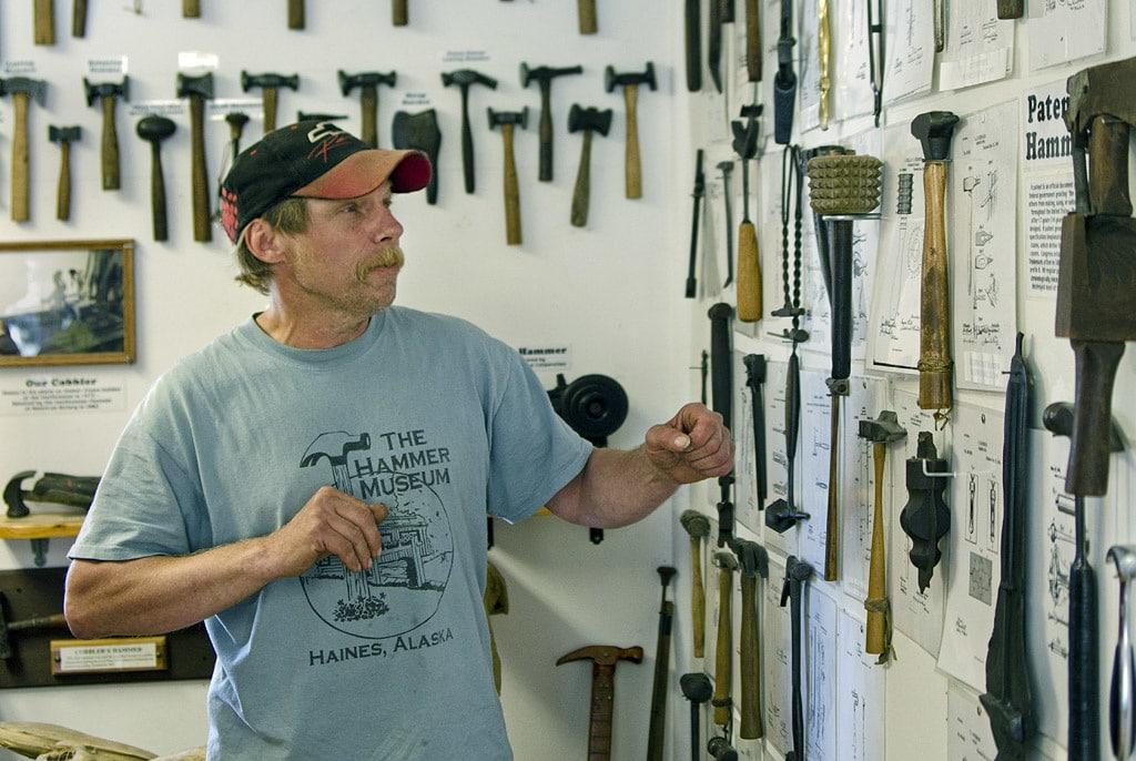 Im Hammer Museum in Alaska werden über 7000 verschiedene Hammer ausgestellt.