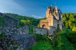 Burg Eltz an der Untermosel