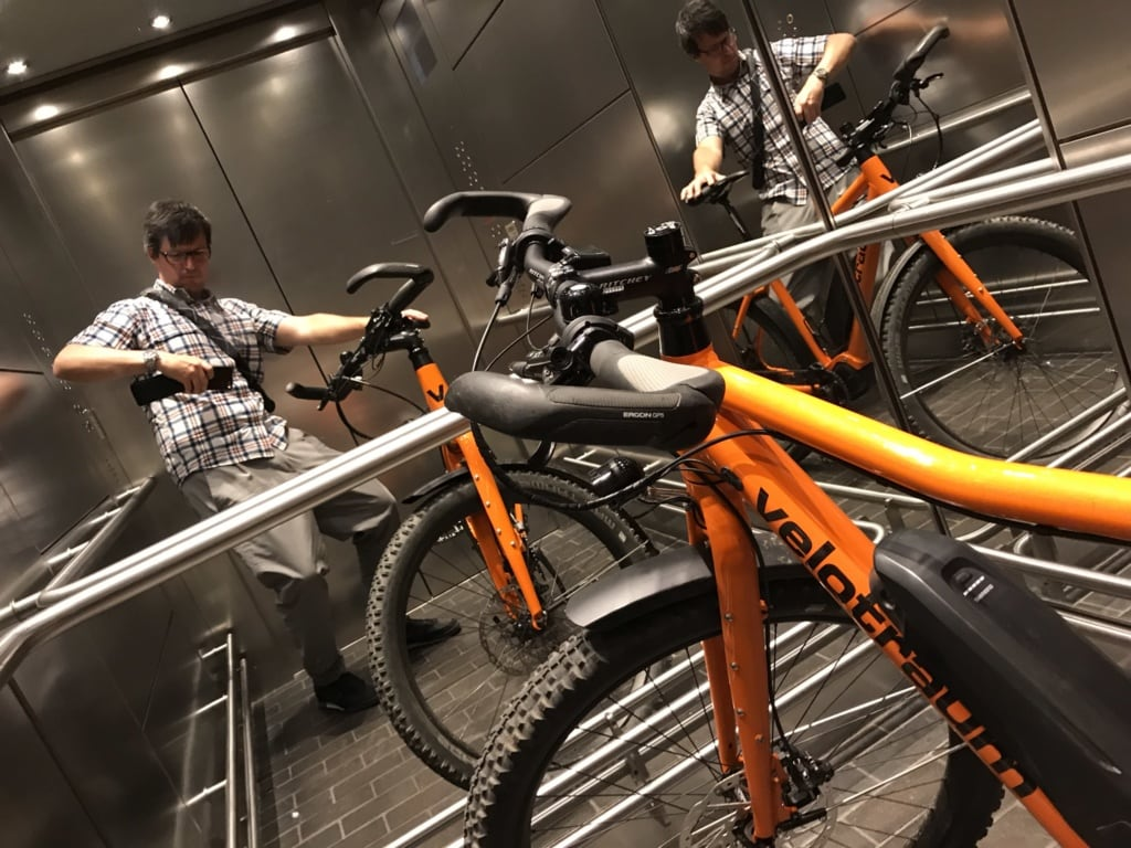 E-Bike in Aufzug