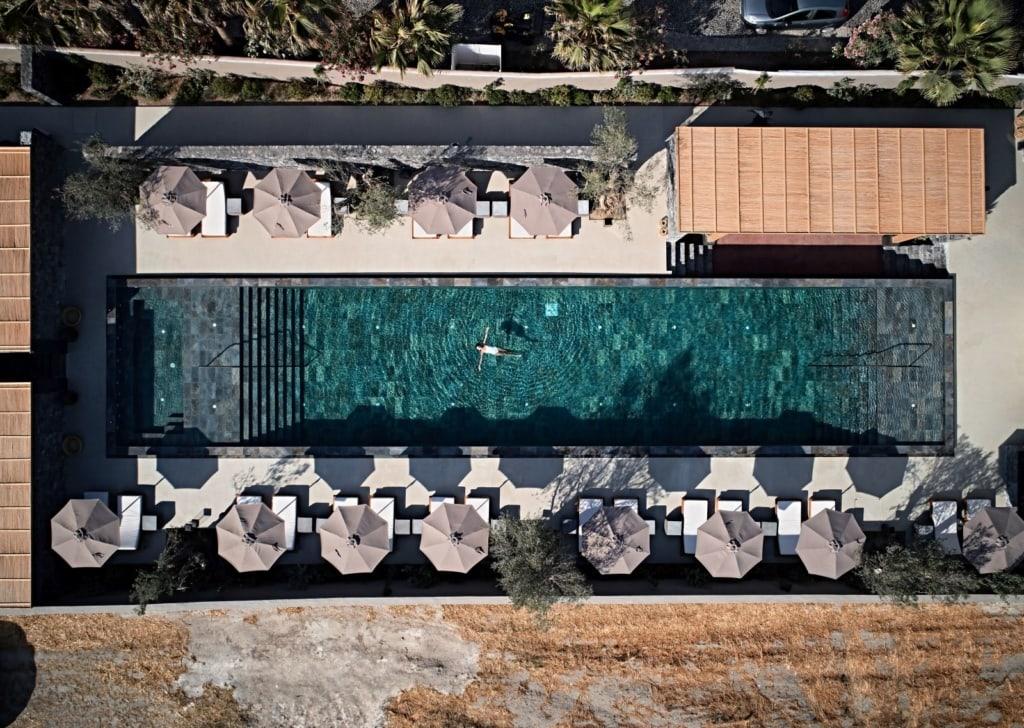 Pool im Istoria Hotel von oben