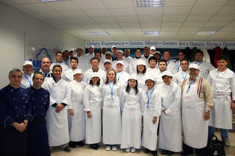 Mitarbeiter und Kunden der Carpigiani Gelato-University in Bologna.