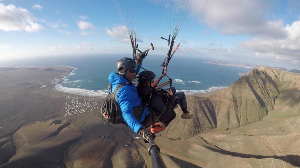 Gleitschirmfliegen auf Lanzarote