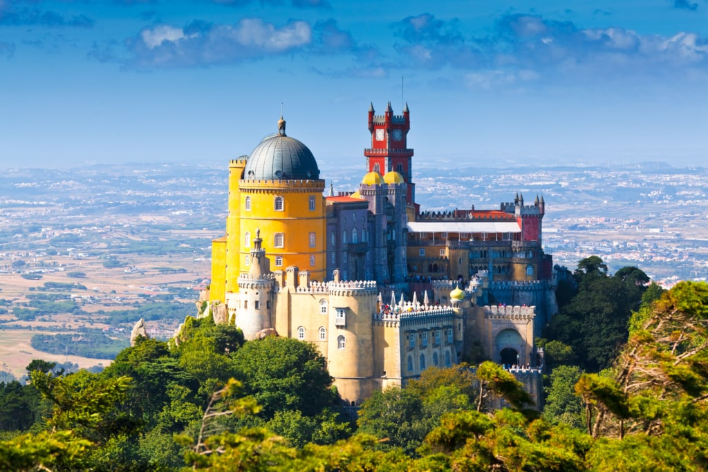 Der Nationalpalast von Pena sieht aus wie aus einem Märchen erschaffen.