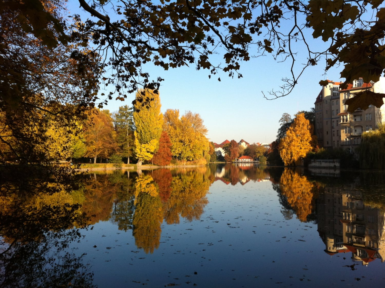 Schlosssee von Charlottenburg im Herbst
