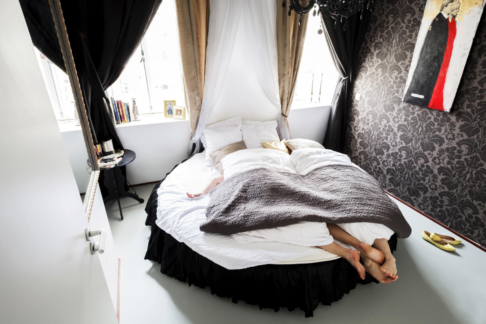 Gemütliches Bett im Cocomama Hostel in Amsterdam