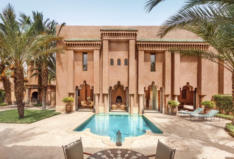 Marokkanisches Anwesen mi Pool und Palmen