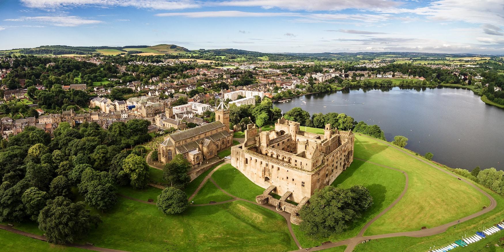 Linlithgow Palace, eine der Filmkulissen in Schottland
