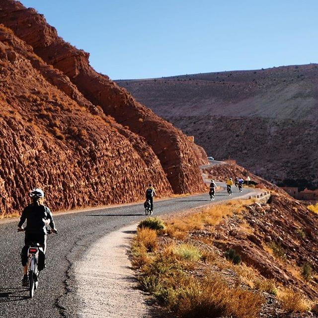 Reporter @weissens war für uns mit @belvelo_ebike im Atlasgebirge in #Marokko unterwegs. Die ganze Geschichte in der kommenden Ausgabe!  #welivetoexplore #reportervorort #traveldeeper