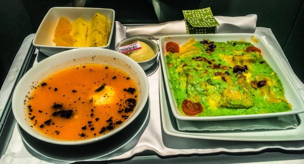 Essen in der TAP-Business-Class auf der Langstrecke Lissabon-Rio