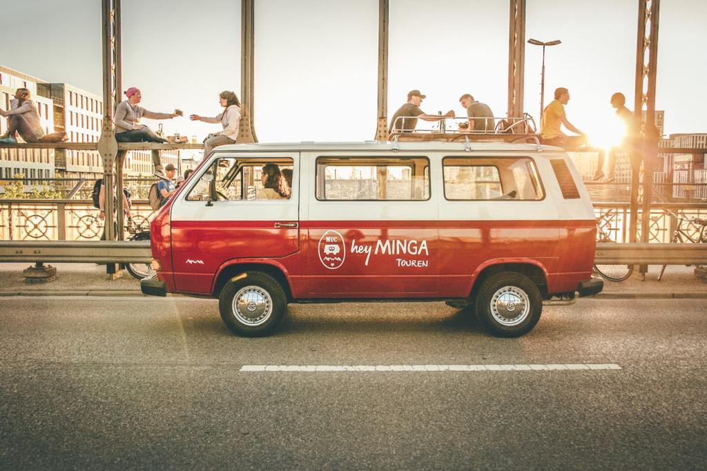 Eine Stadtrundfahrt mit Hey Minga bringt euch an tolle Ecken der Stadt.
