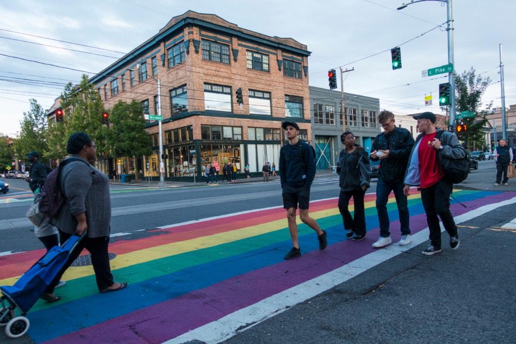 Zebrastreifen in Regenbogenfarben Capitol Hill Seattle