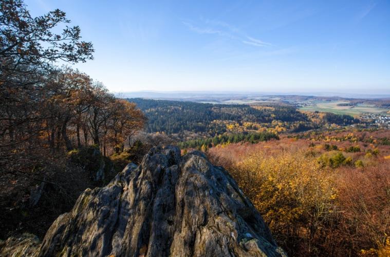 Blick über den Naturpark Taunus im Herbst