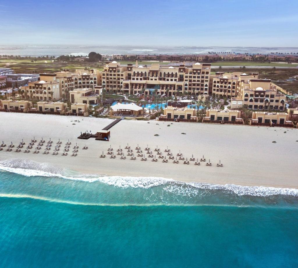 Saadiyat Rotana Resort & Villas aus der Vogelperspektive