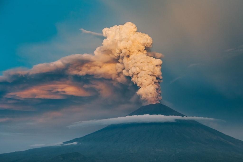 Eruption des Vulkans Agung auf Bali
