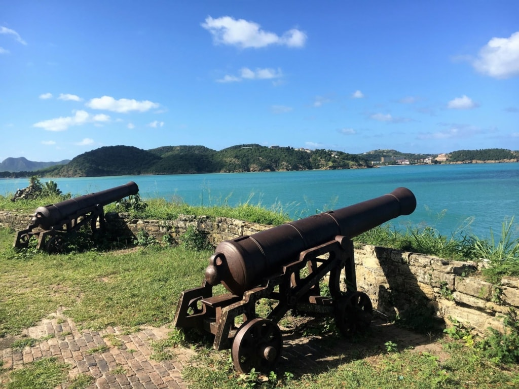 Kanonen im Fort James in Antigua