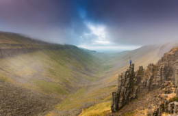 Bei High Cup Nick bietet sich ein Panorama vom Feinsten, der Pennine Way ist nicht umsonst einer der berüchtigten »England's Great Walking Trails«.