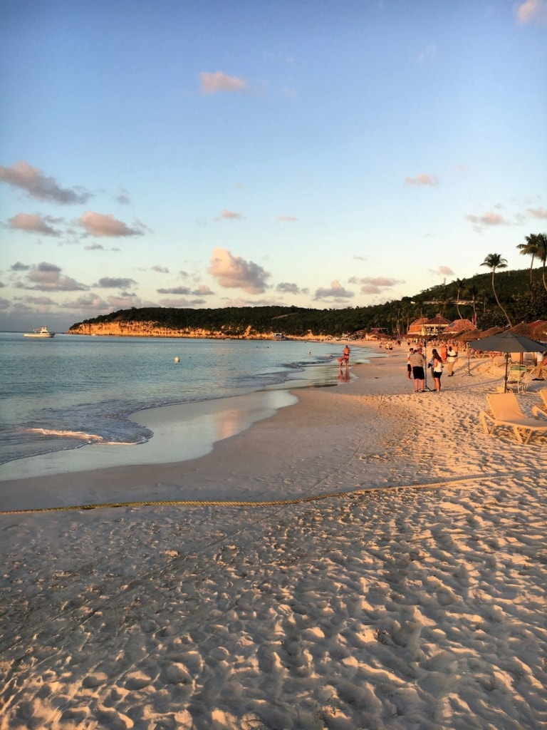 Strand vor dem Sandals Resort in Antigua