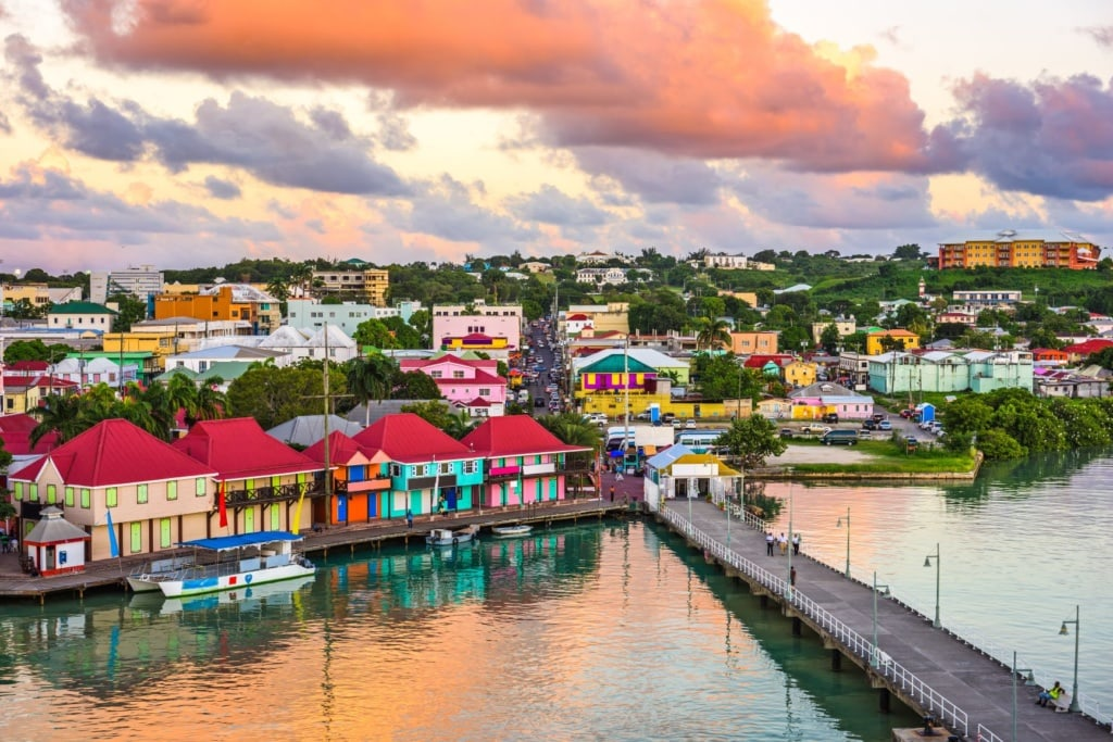Hafen in St. John's in Antigua