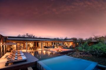 Pool und Gebäude Phinda Homestead