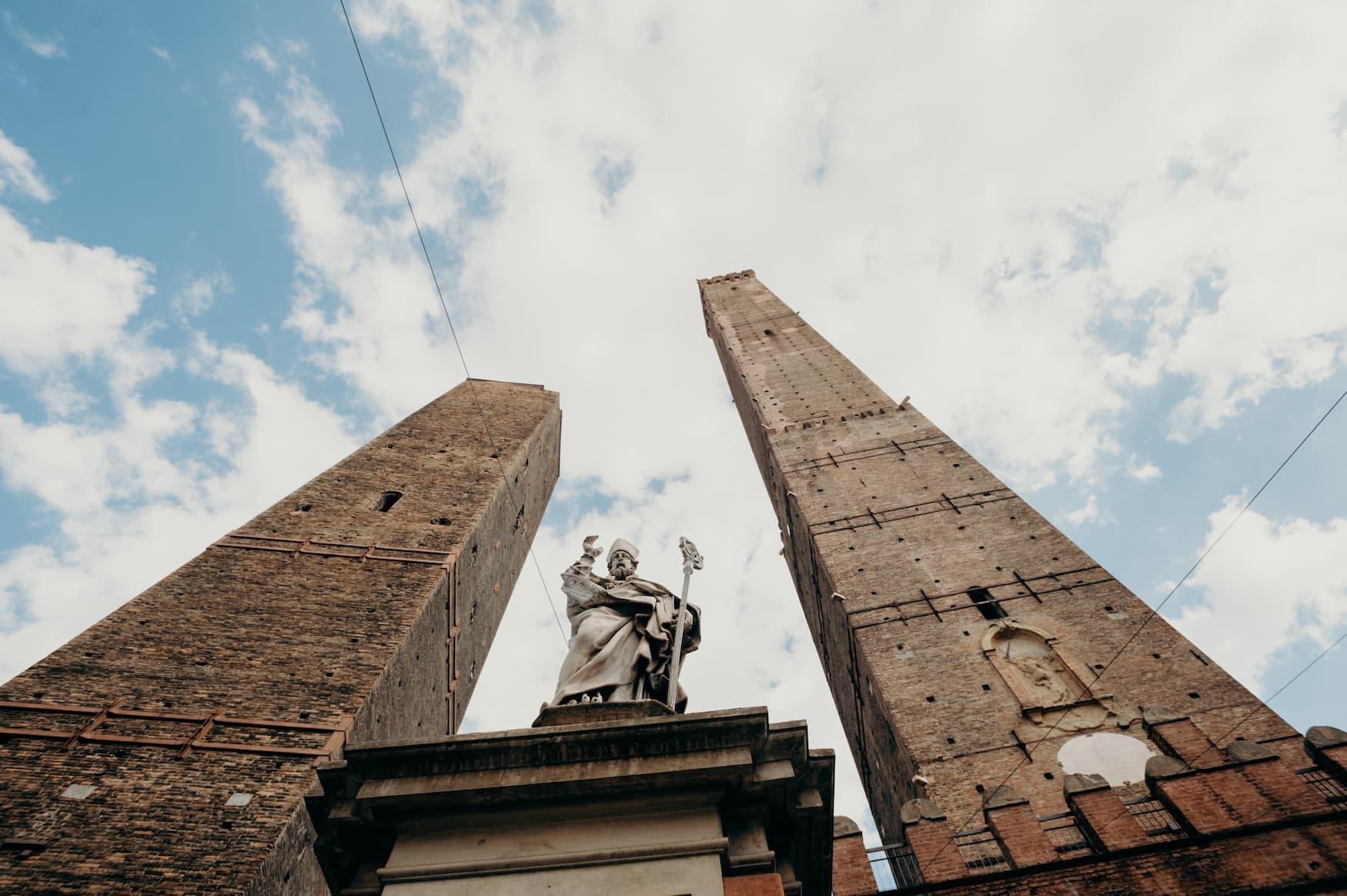 Die Zwillingstürme in Bologna