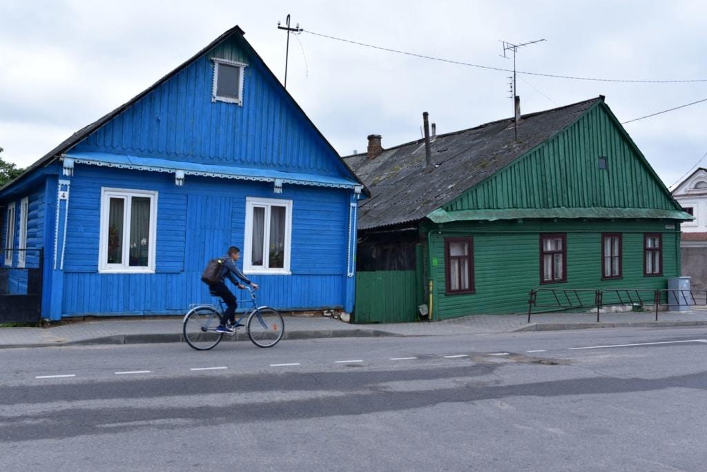 Straßenszene in Njaswisch in Weißrussland