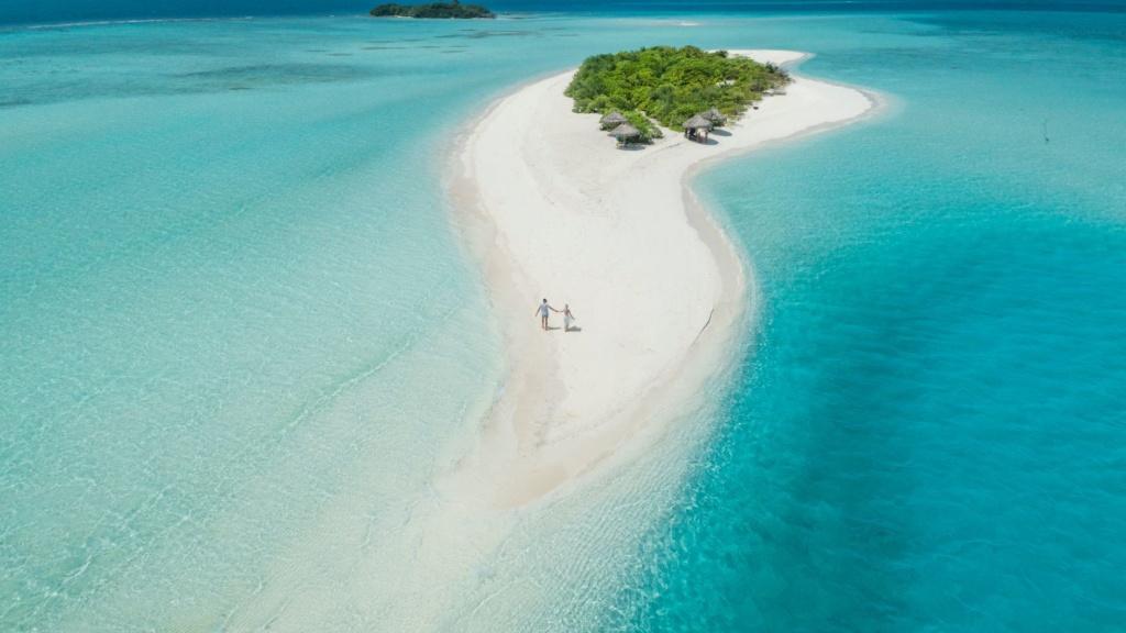 Malediven-Insel aus der Vogelperspektive