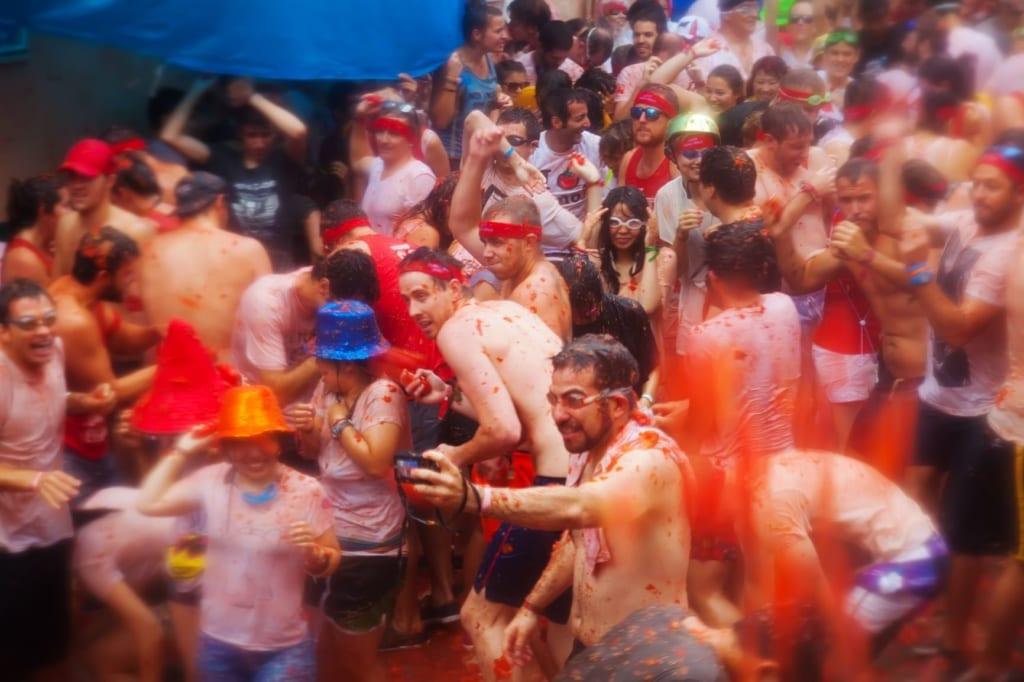 Teilnehmer des La-Tomatina-Festivals