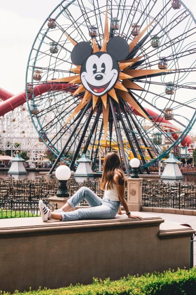 Mädchen Riesenrad Mickey Mouse Disneyland Anaheim