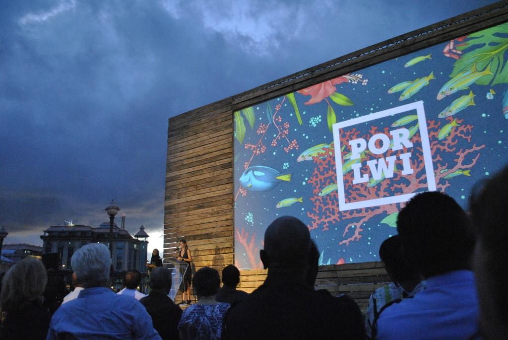 Wer möchte, kann beim Porlwi Festival auf Mauritius umsonst im Freiluftkino tolle Fokus der Insel sehen.