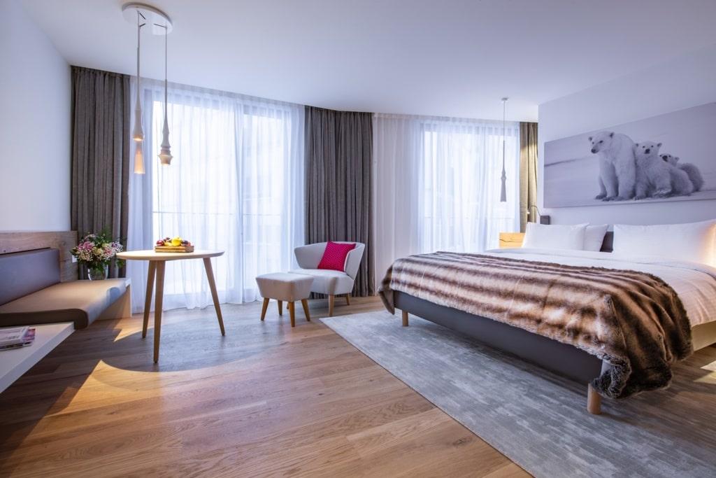 Zimmer im Radisson Blu Hotel Reussen in Andermatt