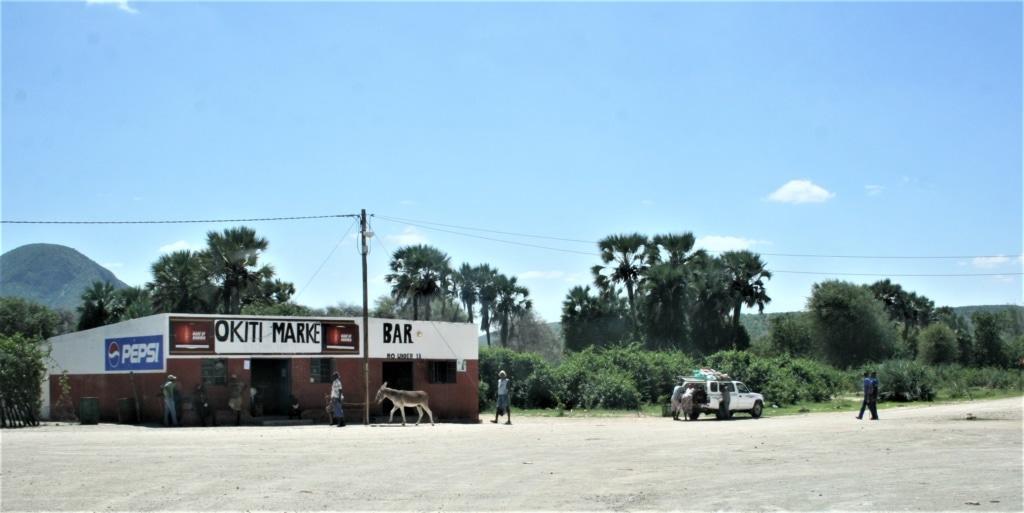 Manchmal dauert es Stunden, bis man bei einem Roadtrip durch Namibia ein Haus passiert.