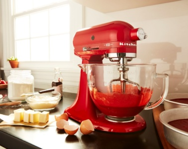 Rote Küchenmaschine von KitchenAid