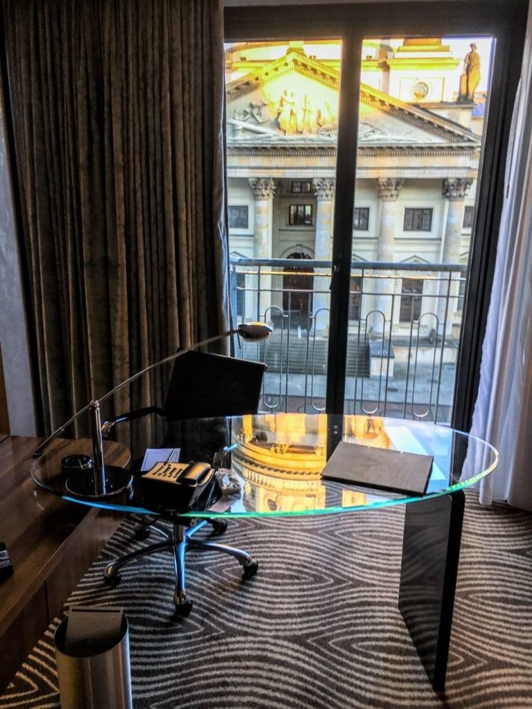 Ausblick aus dem Zimmer des Hilton Hotel am Gendarmenmarkt