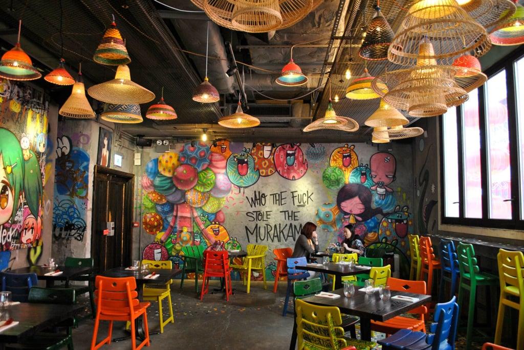 Hongkong mag auf den ersten Blick grau und trist wirken – doch das Djapa Restaurant mit brasilianisch-japanischer Fusion Küche beweist Gegenteiliges.