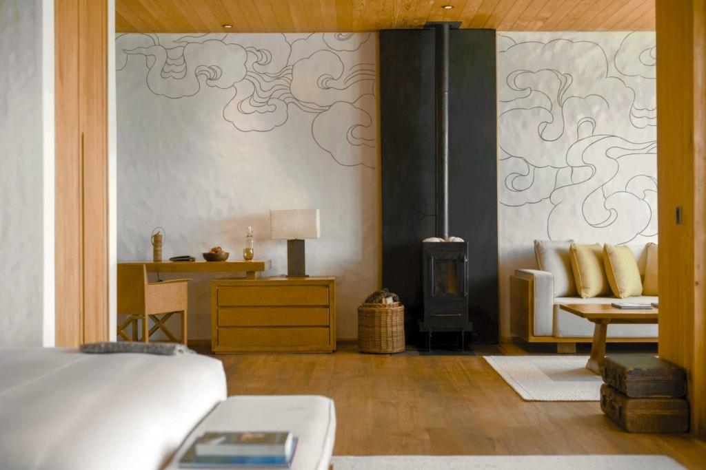 Wohnzimmer in der Lodge Suite im Six Senses Thimphu