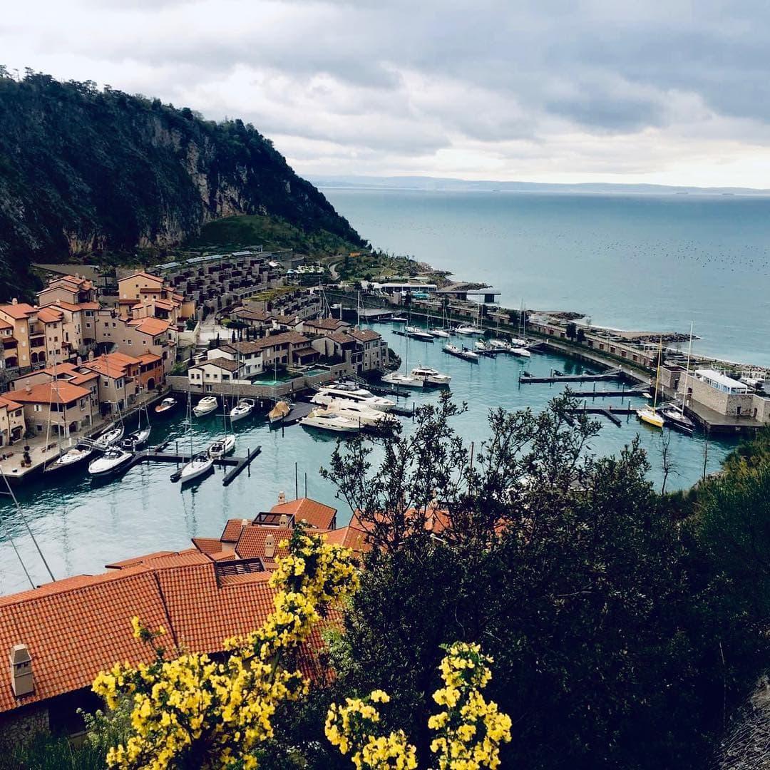 Buongiorno aus #portopiccolo! Redakteur Frank @yourselfmales hat sich im italienischen Örtchen für uns umgesehen. Ach ja, und das Hotel @falisiaresort getestet.