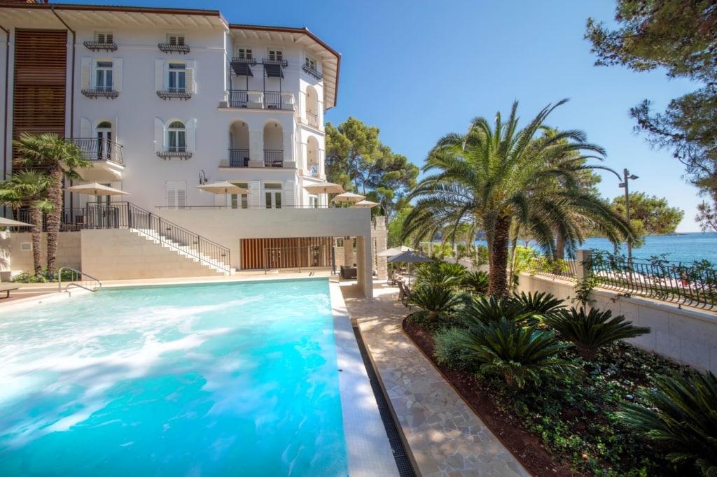 Pool der Villa Hortensia