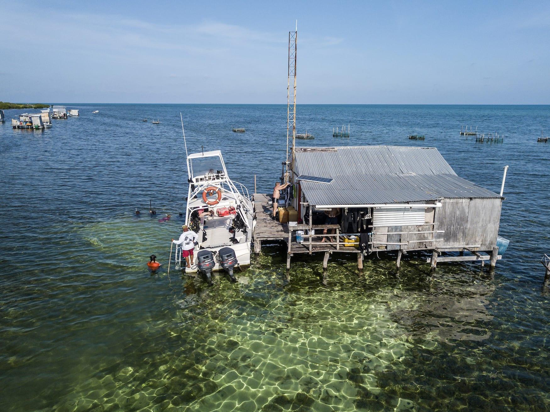 Fischerhütte in Tauchgebiet in Mexiko