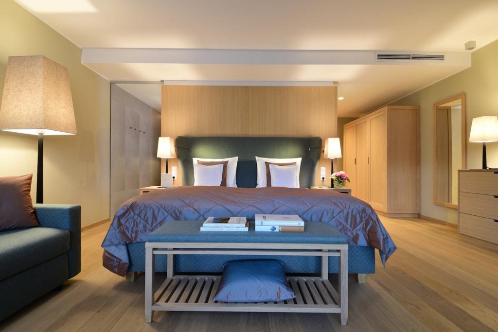Die Zimmer im Hotel Giardino Marling sind stillvoll und hell eingerichtet.